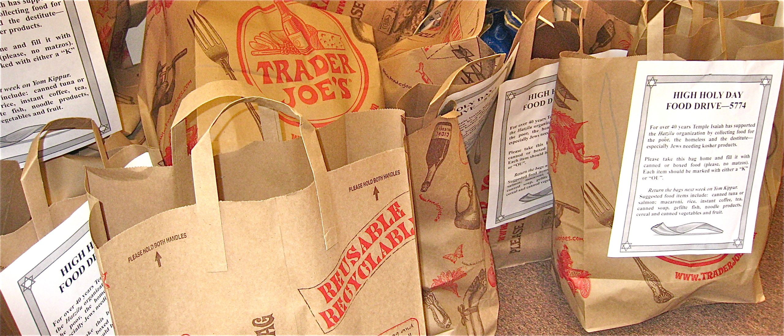 Temple Isaiah's Yom Kippur food collection for Hatzilu
